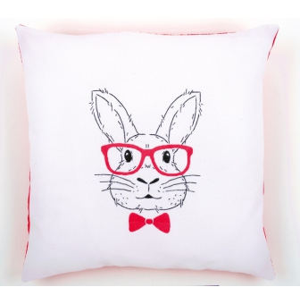 kit coussin broderie traditionnelle lapin a lunettes