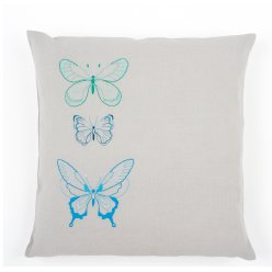 kit coussin broderie traditionnelle papillons bleus