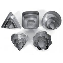 emporte pieces metal assortiment 15 pieces