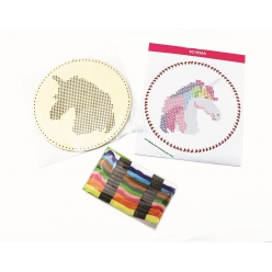 kit broderie sur bois suspension a broder licorne