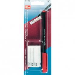 etiquettes et crayon marqueur indelebile