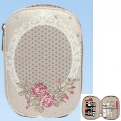 trousse de couture garnie motif roses