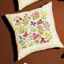 kit a broder coussin mille fleurs